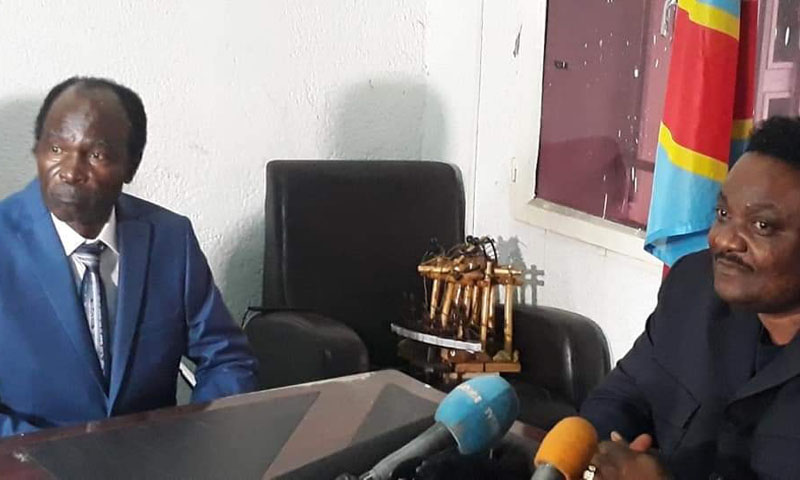Né Muanda Nsemi regagne sa cellule de prison à Makala — Justice