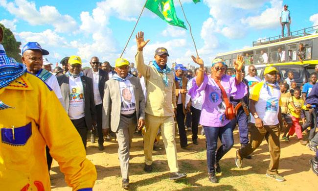 Emmanuel Ramazani Shadary promises the opening up and modernization of Bas-Uélé
