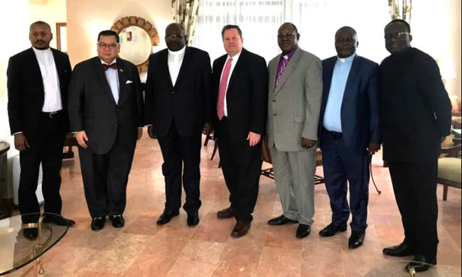 Exchanges between Donald Trump's special envoy and religious denominations in Kinshasa