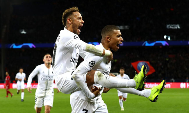 Foot: PSG beat Liverpool and take their destiny in their hands