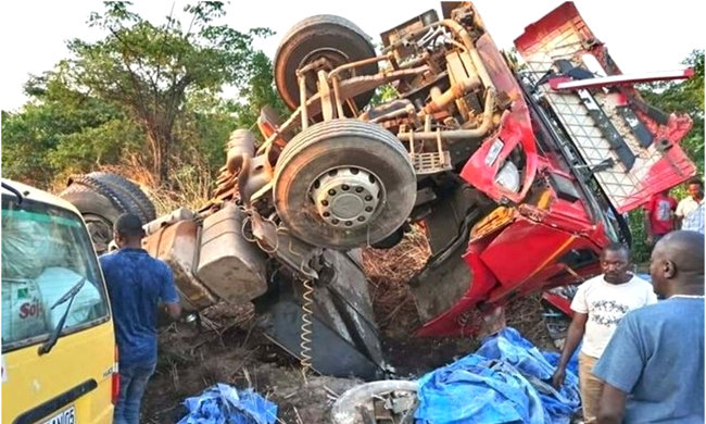 19 deaths and serious injuries in a traffic accident at Plateau de Bateke