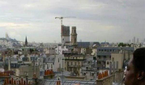 Eddie Murphy Eating Steak Frites Off A Naked Models Back In Paris