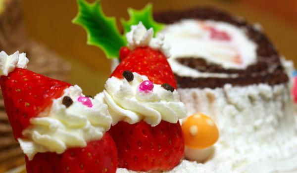 buche de noel 2018 marseille Where to Find Bûches de Noël in NYC this Christmas   Frenchly buche de noel 2018 marseille