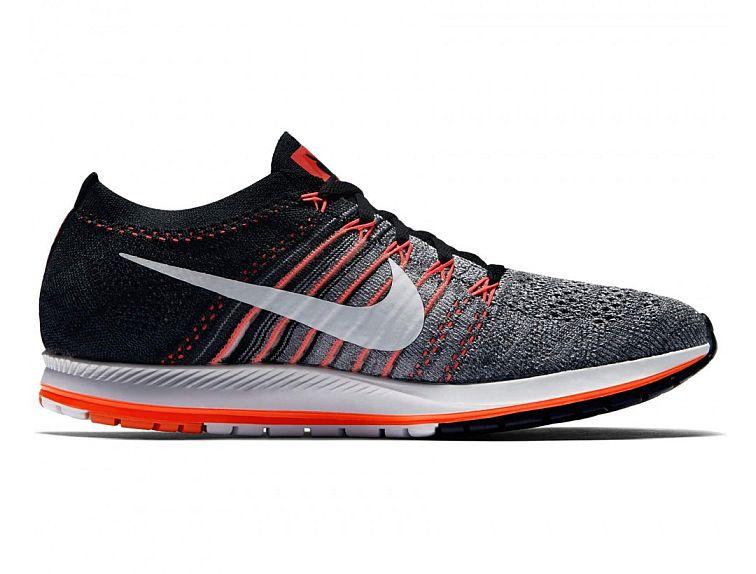 Nike Air Zoom Flyknit Streak LE