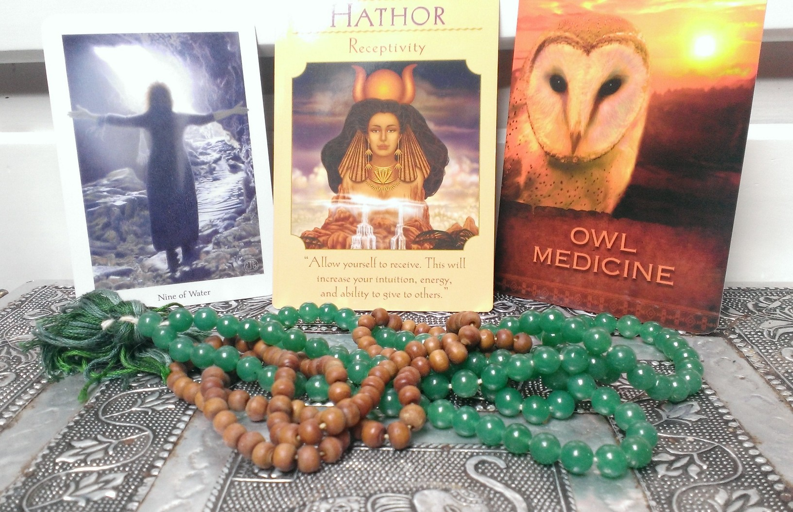 Tarot and Oracle cards for Jun 9th 2016
