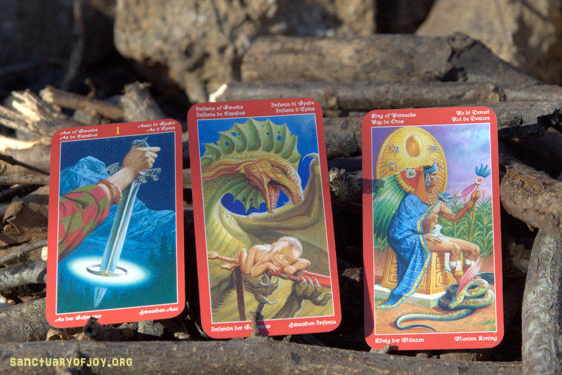 Monthly Tarot reading and Astrological tips for January 2017