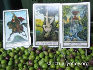 Monthly Tarot reading for November 2018