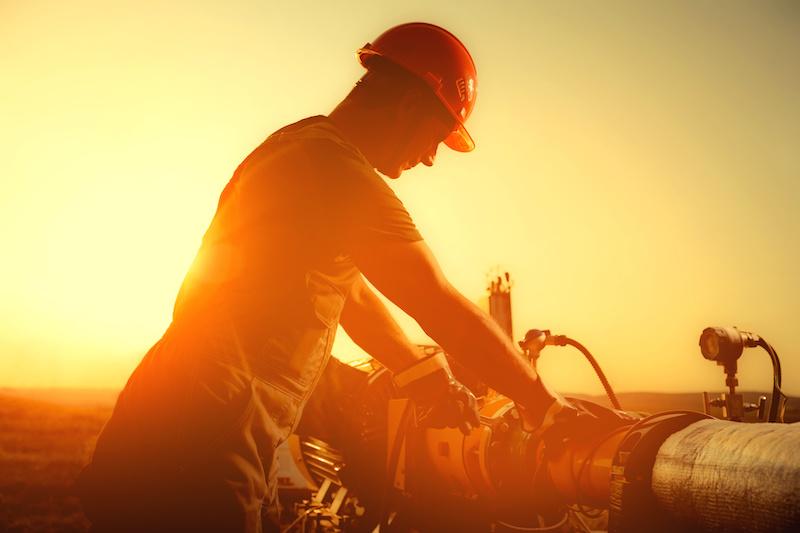 Service av oljeledning