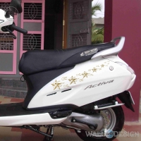 WallDesign Sticker Design Shooting Stars on Scooter Gold Reflective Vinyl