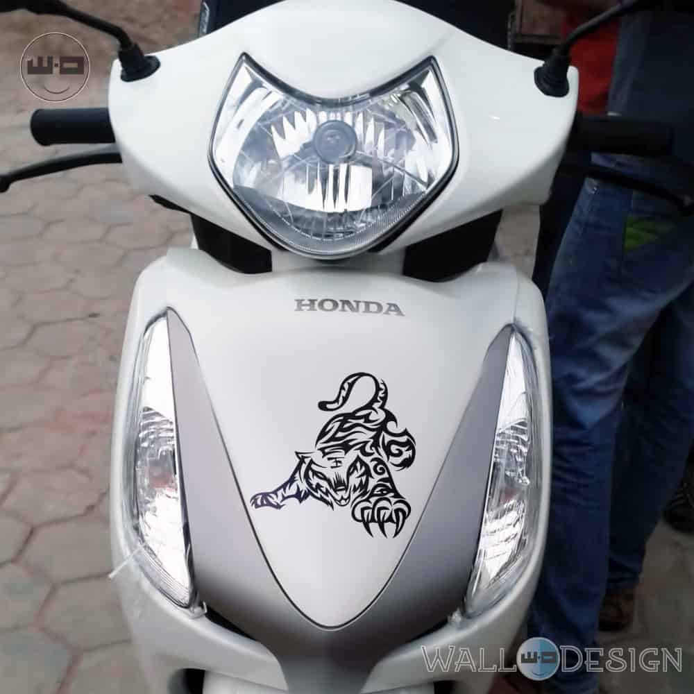 WallDesign Scooter Stickers And Decals Playful Tiger Black Reflective Vinyl