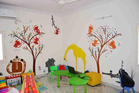 Make Learning Fun At School With Jungle Wall Decals