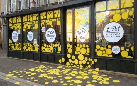 35+ Best Glass Window Decal Ideas To Make Your Showroom, Every Shopper's Stop!
