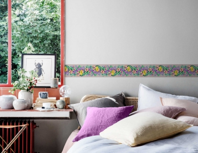 Multicolor Flowers & Leaves Painted Wall Border For Room