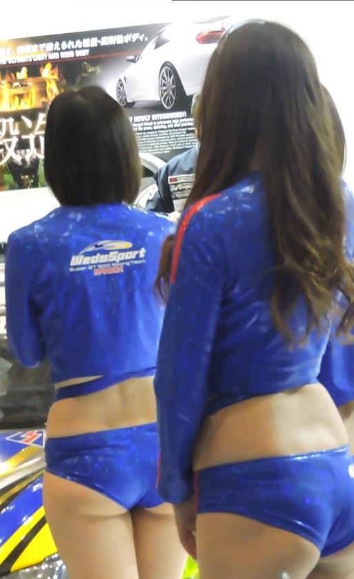2017オートサロン3人組トークショー中ハミ尻にフル勃起!【動画】イベント編 3642~3651セット販売