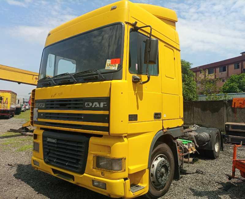 2000 DAF 95XF TRACTOR HEAD
