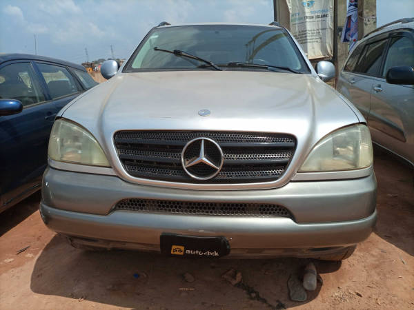 1998 Mercedes-Benz ML 320