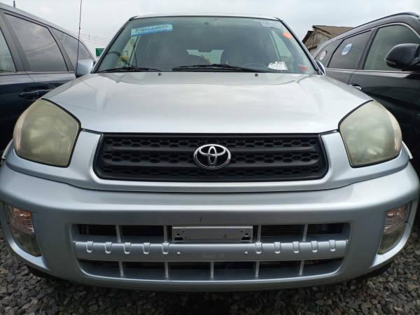 2003 Toyota RAV 4