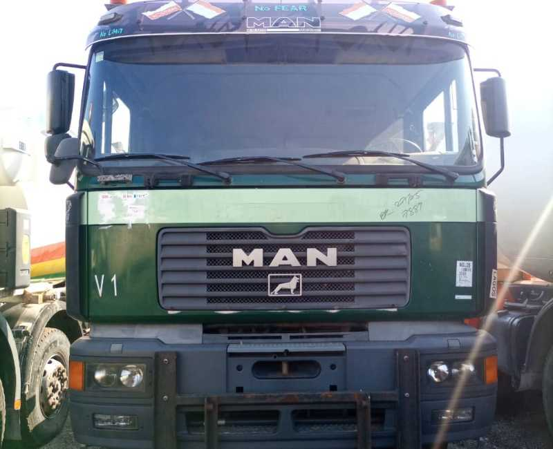 2000 Man 26-403