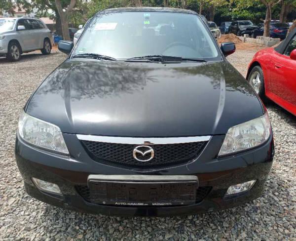 2005 Mazda 323
