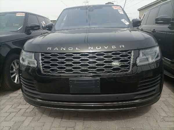 2019 Land Rover Range Rover Vogue