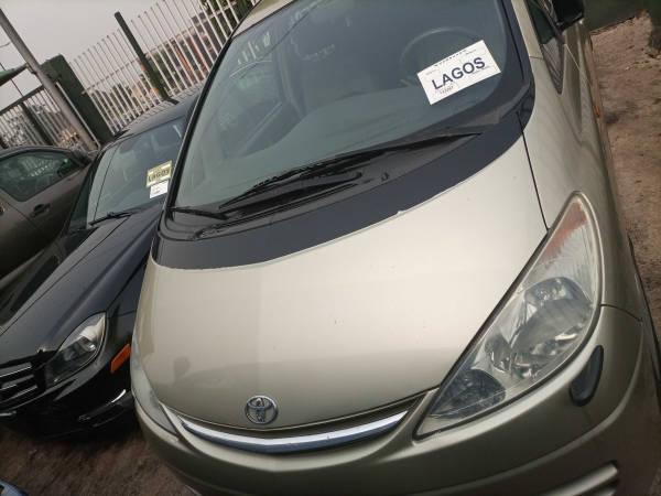 2001 Toyota Previa