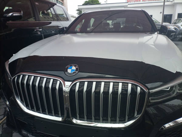 2020 BMW 730