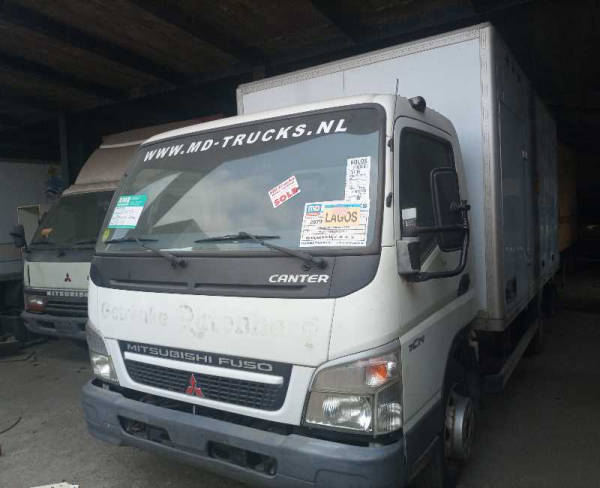 2006 Mitsubishi CANTER CONTAINER BODY