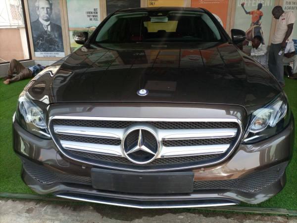 2016 Mercedes-Benz E 300