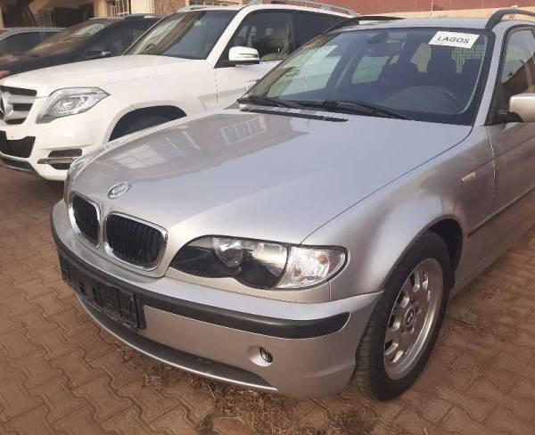 2000 BMW 315