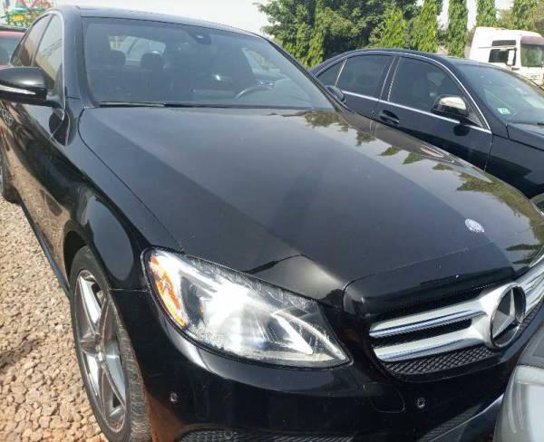 2015 Mercedes-Benz C 400