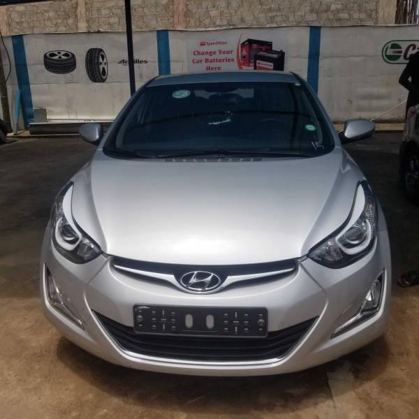 2014 Hyundai Avente