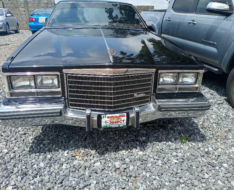 1987 Cadillac Escalade
