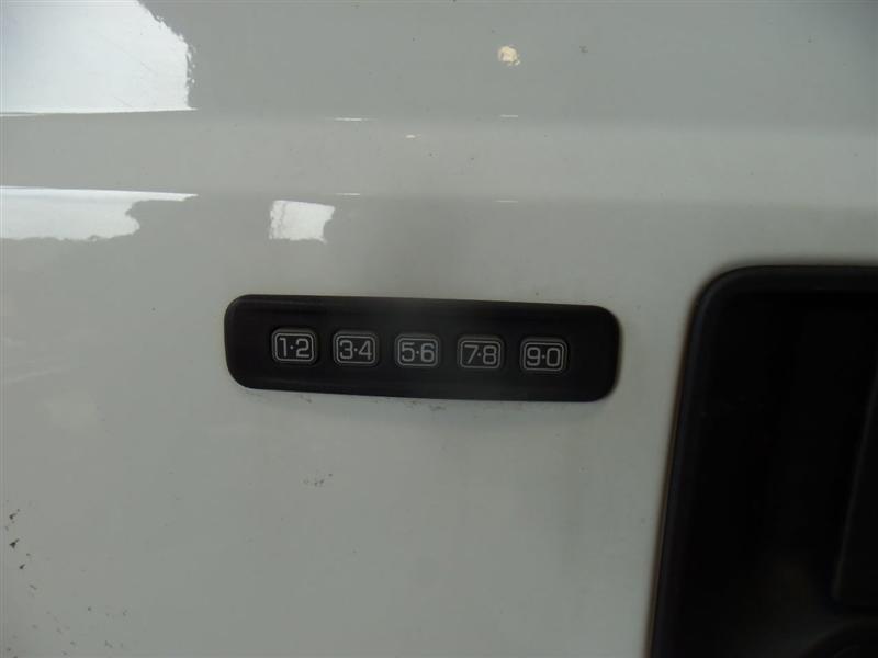 50693_12.jpg