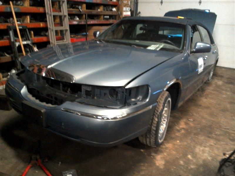Lincoln Town Car Back Glass Used Car Parts