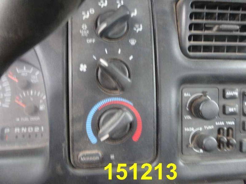 13288_02.jpg