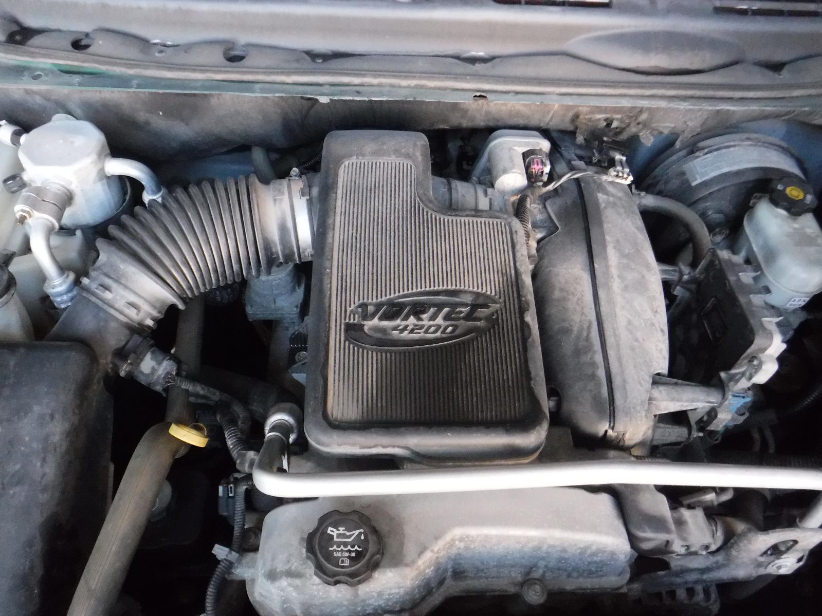 Gmc Envoy Rear Door Used Suv Parts Oil Filter De67bade C430 4734 8e00 E50de9f84620