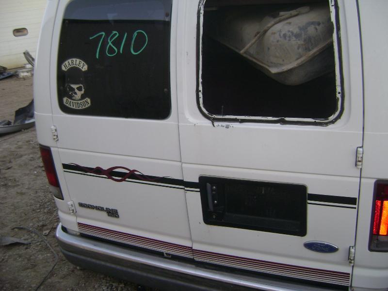 1057_06.JPG