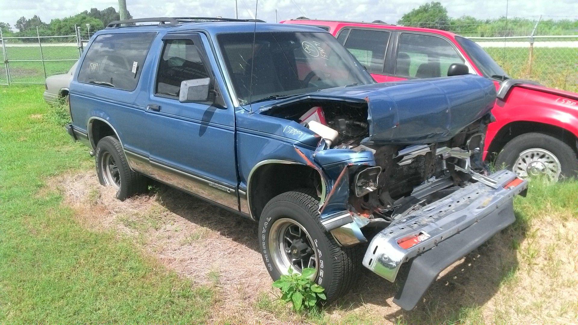 Chevrolet Blazer S10/Jimmy S15 Back Glass | Used SUV Parts