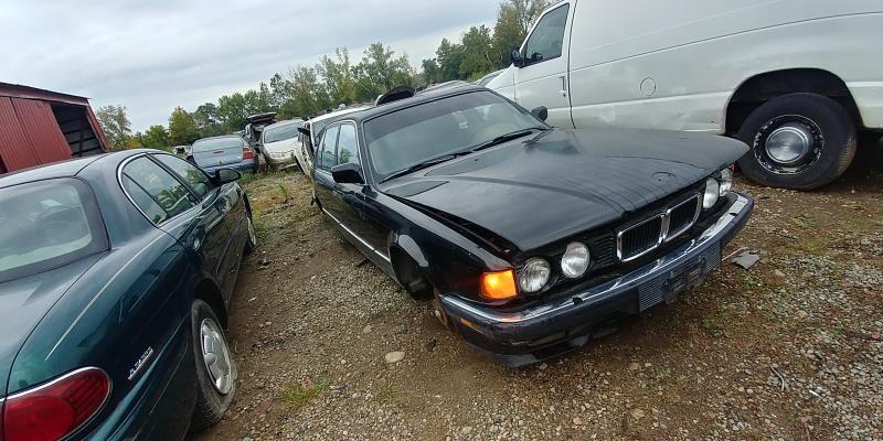 1992 bmw 735i fuel