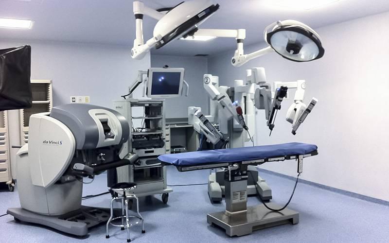tecnolgia-robo-da-vinci-residencia-medica
