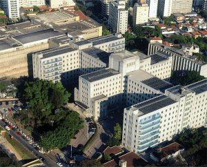 Vista aérea do HC-FMUSP, onde acontecem a maior parte das atividades dos programas de residência médica da USP