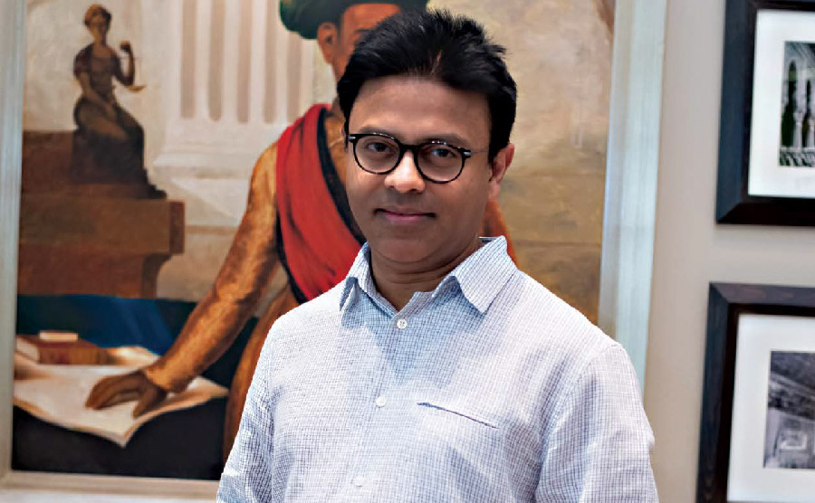 YOUPLUS UNDERSTANDING PEOPLE THROUGH VIDEOS