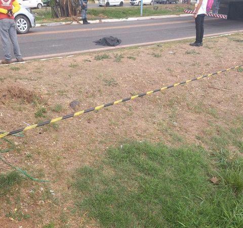 Criança morre atropelada por caminhão na BR-010