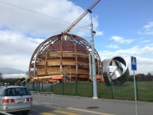 写真 2 CERNのシンボルである「The Globe