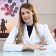 Dra. Ariane Meneguzzo Tolari