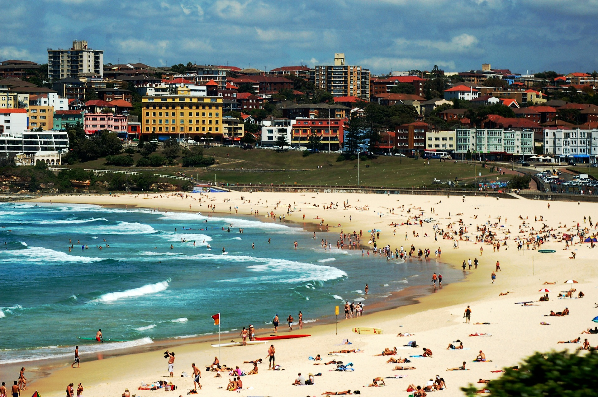 inspitrip countries for american to live bondi beach