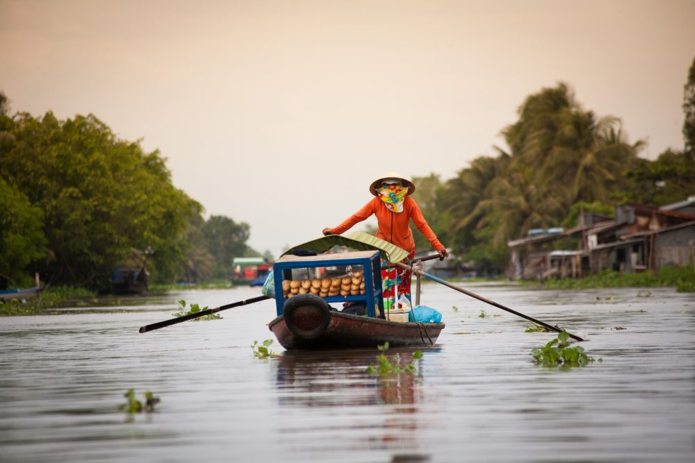 5 vibrant floating markets in Vietnam you must visit