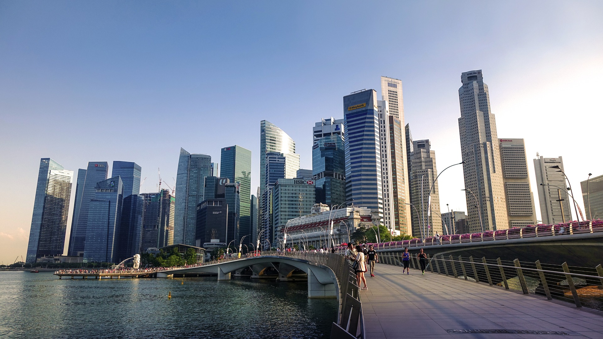 inspitrip countries for american to live singapore