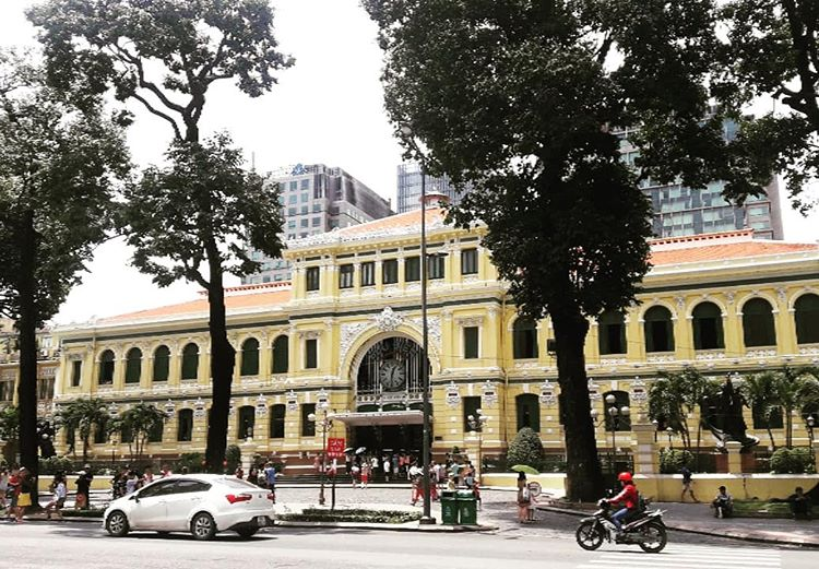 ho chi minh walking tour