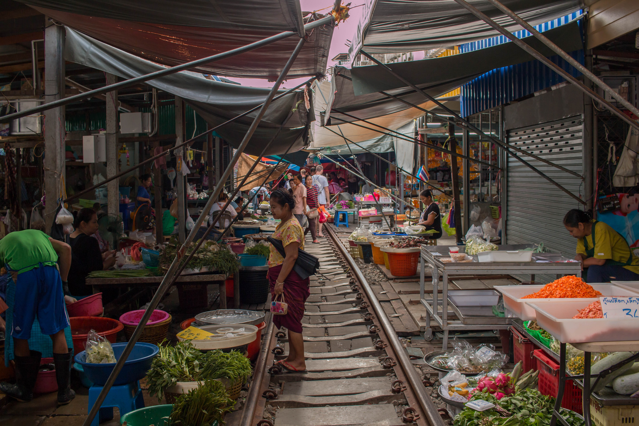 thailand amphawa